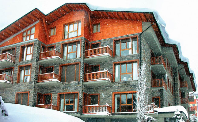 Apartment Barcelona Offers Unique Ski Holiday Packages for Visitors to Barcelona and the Pyrenees from 36 Euro